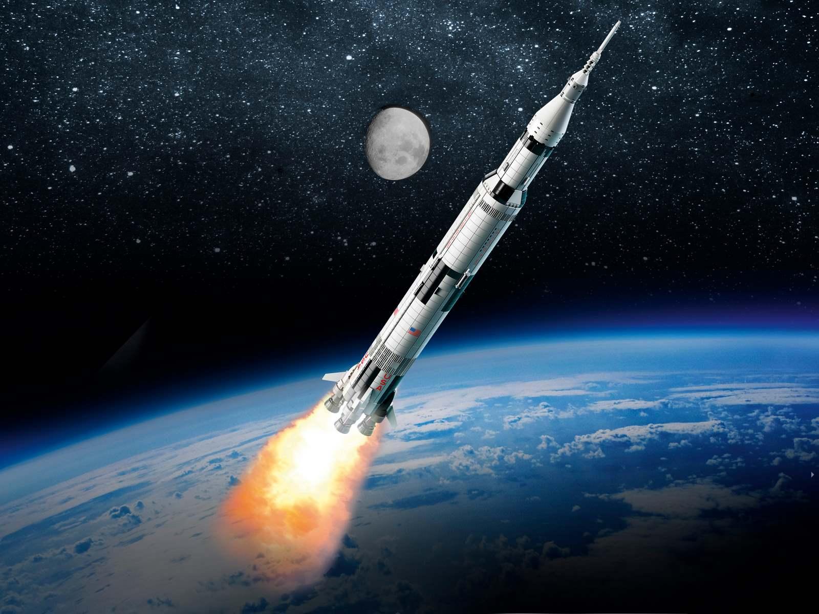 Конструктор KING «Ракета-носитель Сатурн-5 миссия Аполлон» 80013 (Ideas 21309) / 2009 деталей