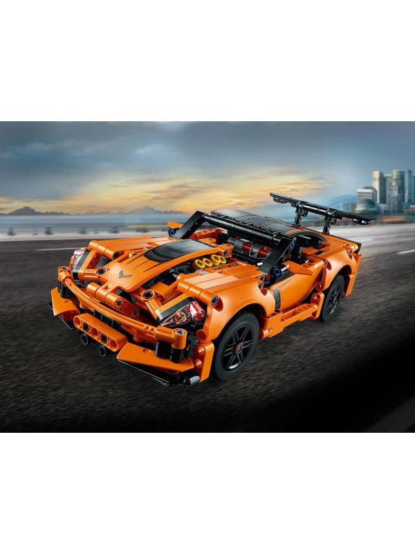 Конструктор Lari «Chevrolet Corvette ZR1» 11299 (Technic 42093) / 579 деталей