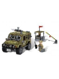 Конструктор XINGBAO «Вооружённый армейский джип» XB-06012 / 497 деталей