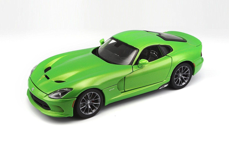 Машина Dodge Viper 2013, 1:18, зеленая, 31128 / Maisto