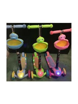 Самокат детский 5 в 1 с корзинкой «Утёнок» со светом и звуком (Т01219) / Микс