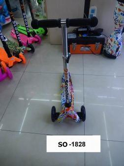 Самокат детский Scooter МИНИ Принт 3х колесный, цвета в ассортименте, не складной, светящиеся колеса , регулировка руля.(12 шт)