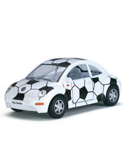 Машинка металлическая Kinsmart 1:32 «Volkswagen New Beetle Soccer» KT5028DR, инерционная / Микс