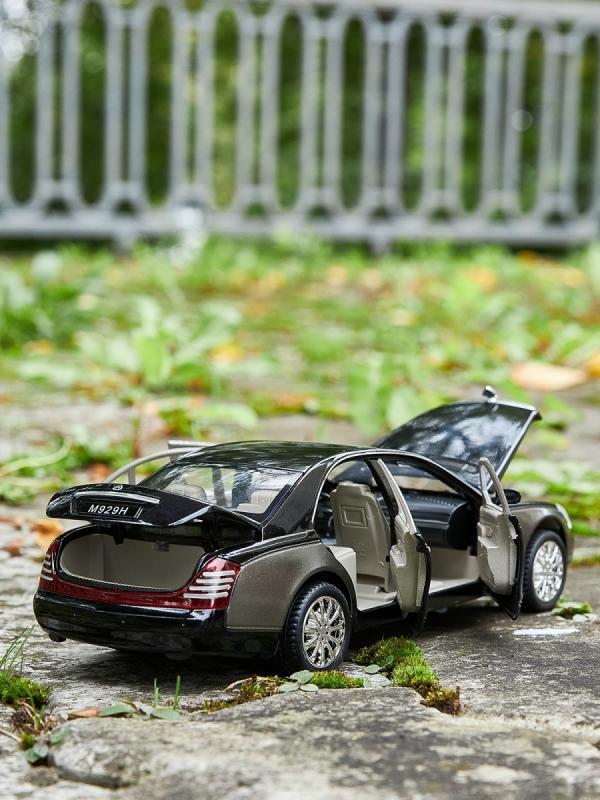 Машинка металлическая XLG 1:24 «Maybach 62s» M929H 20 см. инерционная, свет, звук в коробке / Микс