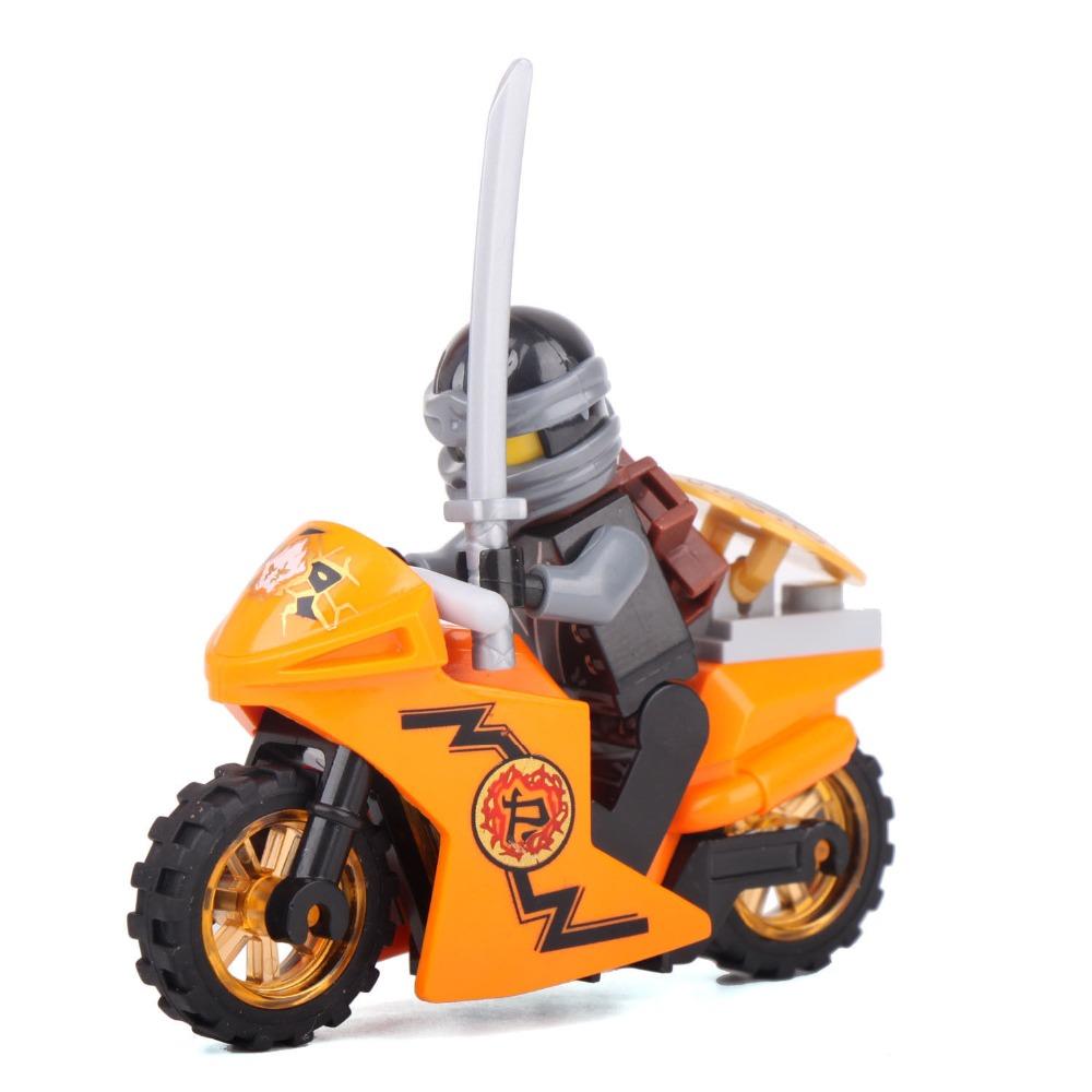 Минифигурка «Ниндзя Коул на мотоцикле» 10018 (Совместимый с ЛЕГО)