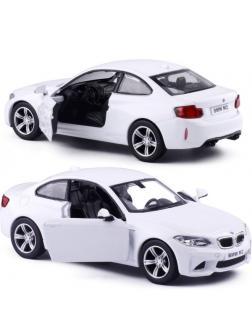 Машинка металлическая Uni-Fortune RMZ City 1:36 BMW M2 COUPE with Strip инерционная, 2 цвета (белый), 11,80х4,90х3,73 см