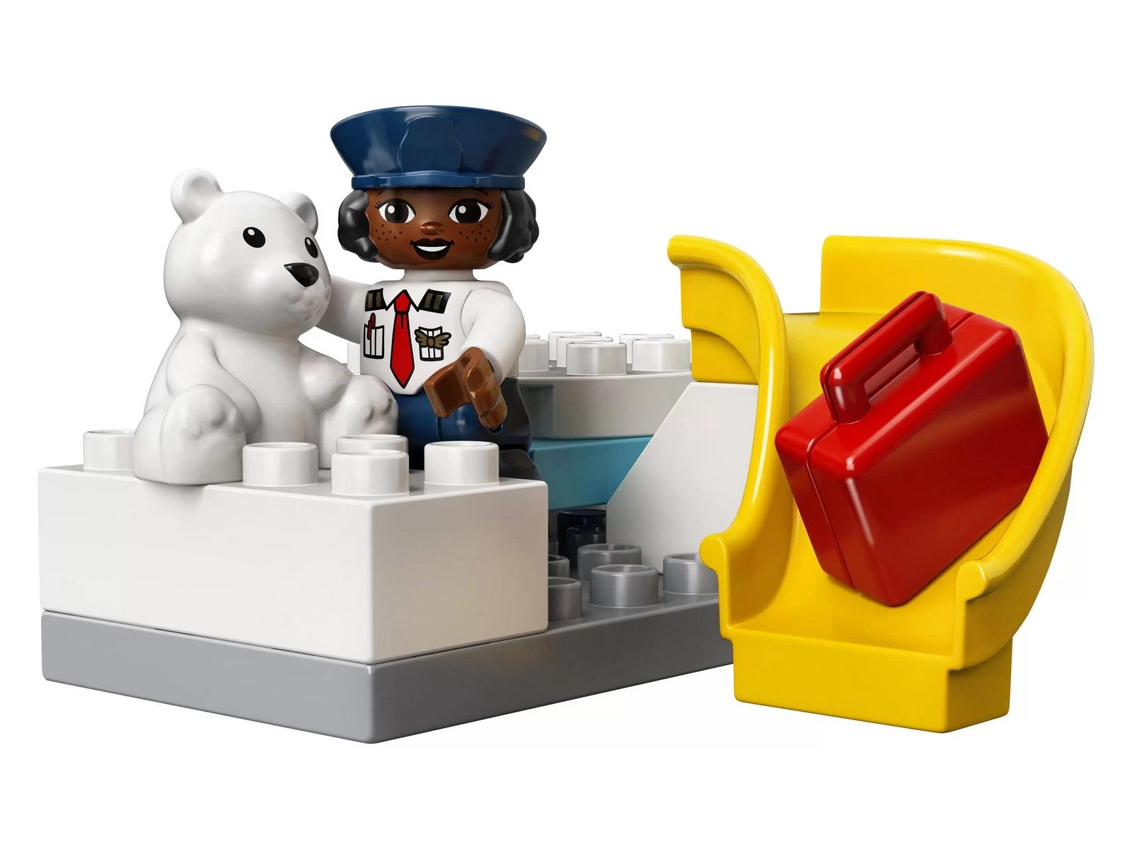 Конструктор LEGO Duplo Town «Самолет и аэропорт» 10961 / 28 деталей