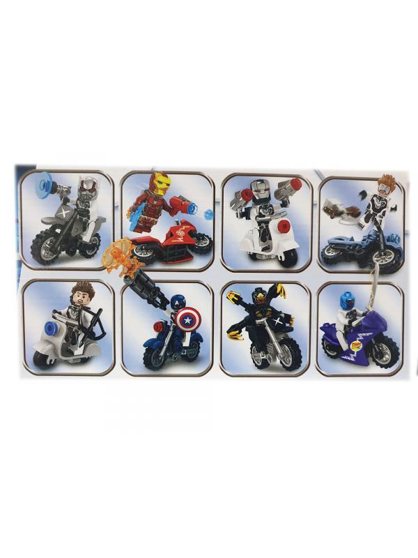 Набор 8 фигурок на мотоциклах Супергерои (Мстители 64003)