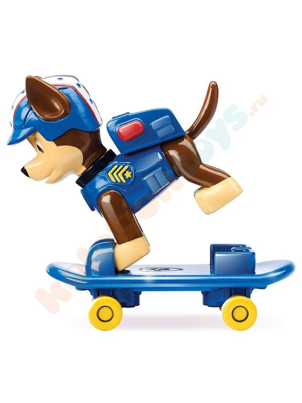 Игрушка Щенячий патруль «Мини фигурка спасателя Чейз со скейтбордом» 16655-Chase