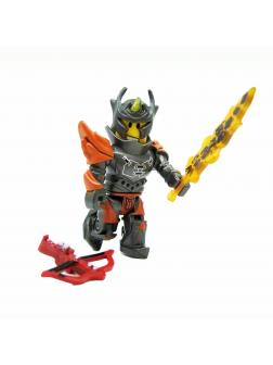 Коллекционная фигурка Роблокс «Flame Guard General» с мечом и арбалетом 42027