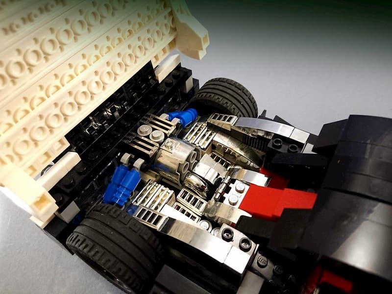 Конструктор Mould King «Pagani Zonda Cinque» 13105 (MOC-22208) / 960 деталей
