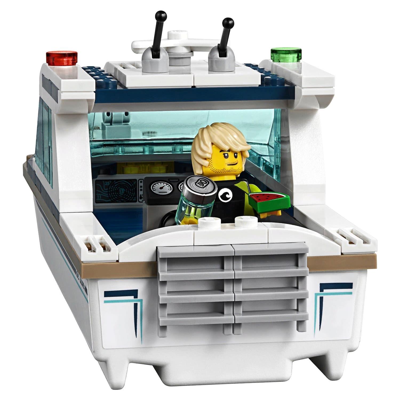 Конструктор LARI «Яхта для дайвинга» 11221 (Совместимый с LEGO City 60221) 160 деталей