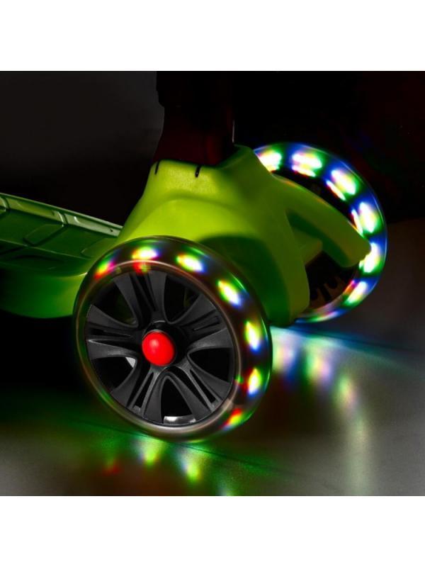 Детский Трехколесный Самокат Scooter Maxi Micar Ultra / Граффити