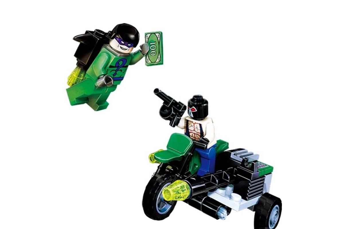 Конструктор Lp Batman «Бэттанк» 07067 (Batman Movie 7787) 673 детали